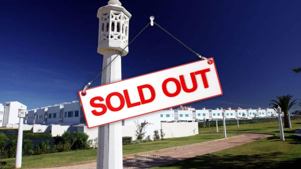 V4-with-pool-11-Soul-in-the-Algarve-SITA-1280x720-Sold-Out
