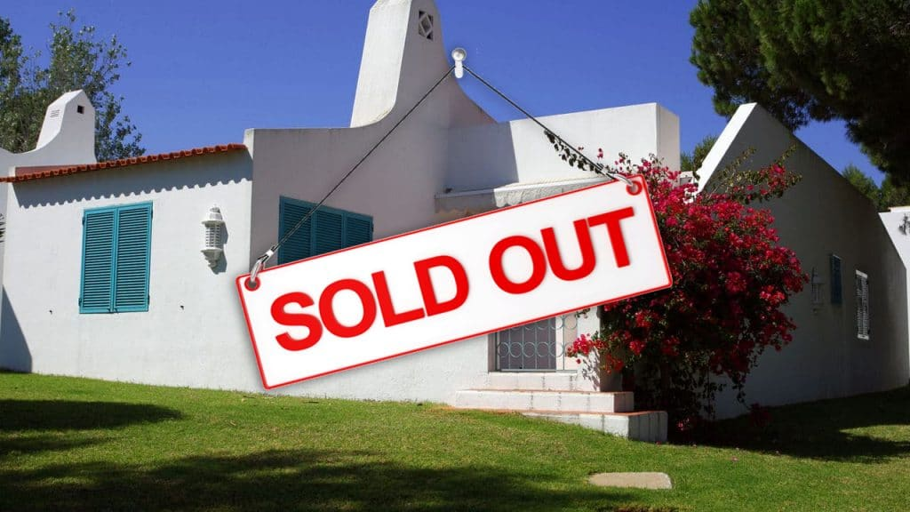 sold out 4 bedroom Prainha for 9