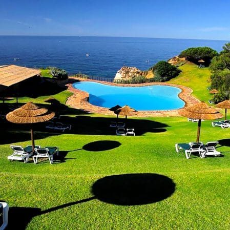Soul-In-The-Algarve-SITA-Accommodation-poolside